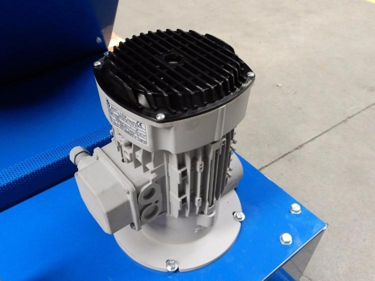 pompe-de-filtration-convoyeur.jpg