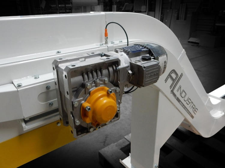 Convoyeur machines outils